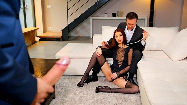 порно Восторженная и лихая супруга готова трахнуться с любовником приведенным мужем для полного разврата видео