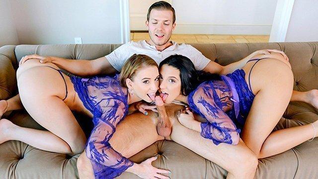 Втроем МЖМ порно Роскошные и талантливые подружки в развратной одежде отчаянно отсасывают у своего гостя перед еблей видео